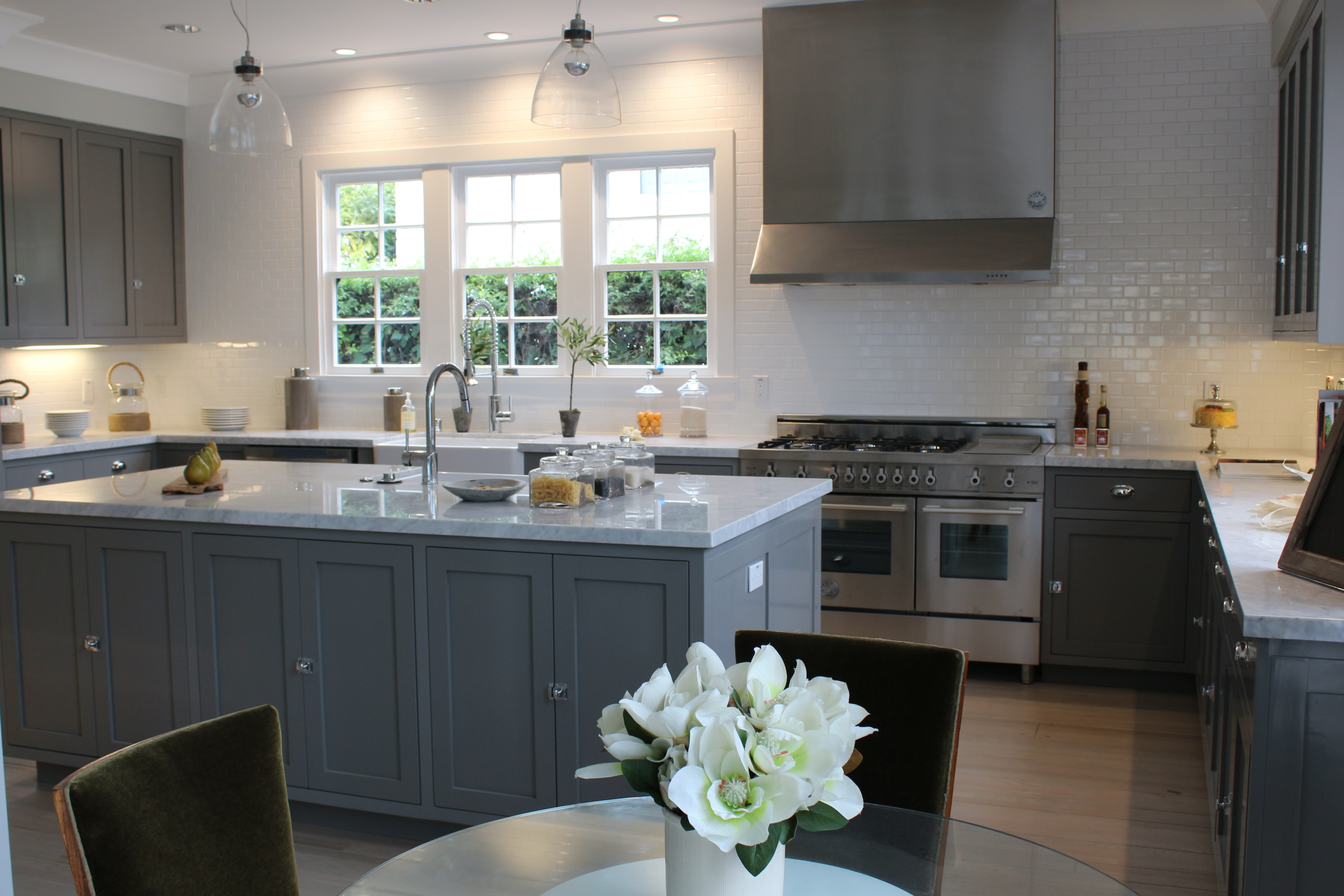 Trade secrets kitchen renovations part two countertops counter to ceiling white subway tile dailygadgetfo Gallery
