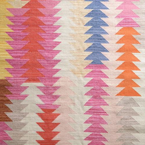 apache rug via kishani perera blog