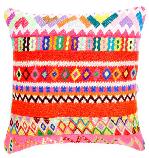 peruvian embroidered pillow cover via kishani perera blog