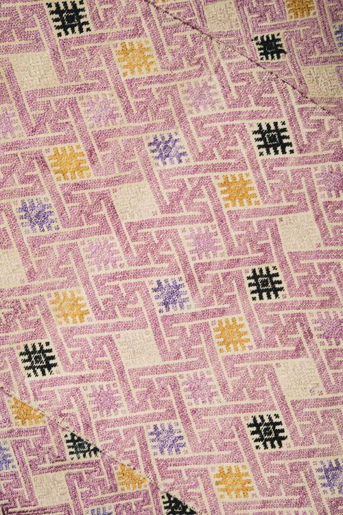 antique chinese wedding blanket via kishani perera blog