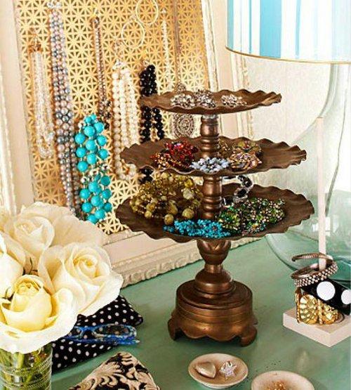 vintage cake stand via kishani perera blog