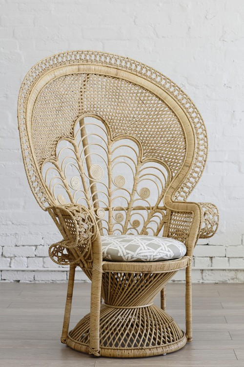 lady peacock chair via kishani perera blog