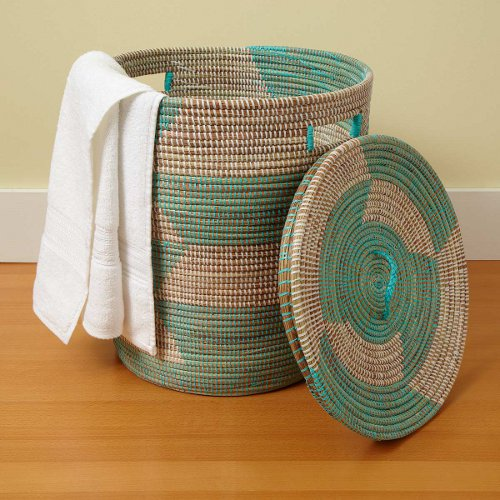handmade lided basket hamper via kishani perera inc.