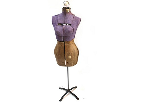vintage purple dress form lamp via rummage