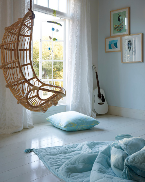 hanging rattan chair via kishani perera blog