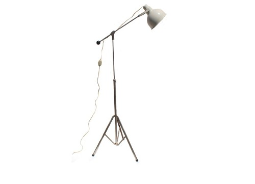 metal industrial tripod light via rummage